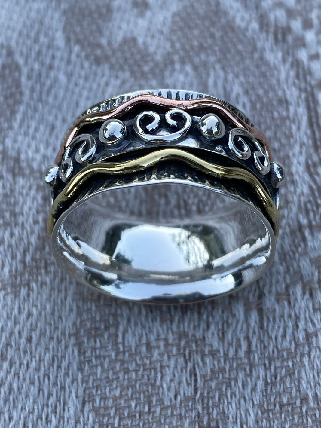 Spinner Ring, Size 8